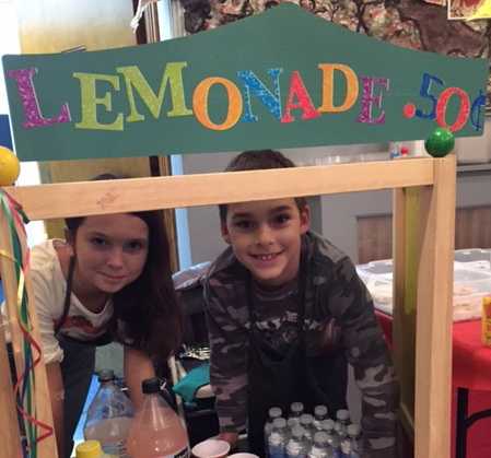 "Cupcakes and Lemonade!  ""In the same way, let your light shine before others, so that they may see your good works and give glory to your Father who is in heaven."" Matthew 5:16"